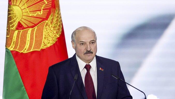 Lukašenko dēls nomaina tēvu Baltkrievijas Olimpiskās komitejas prezidenta amatā