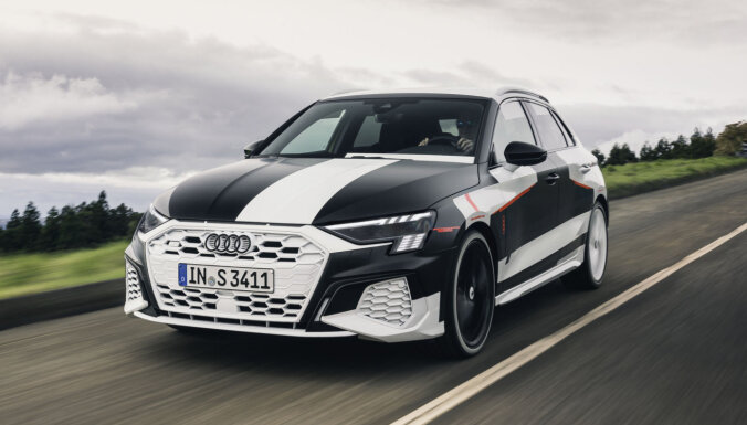'Audi' drīzumā prezentēs jauno un dinamisko 'Audi A3'