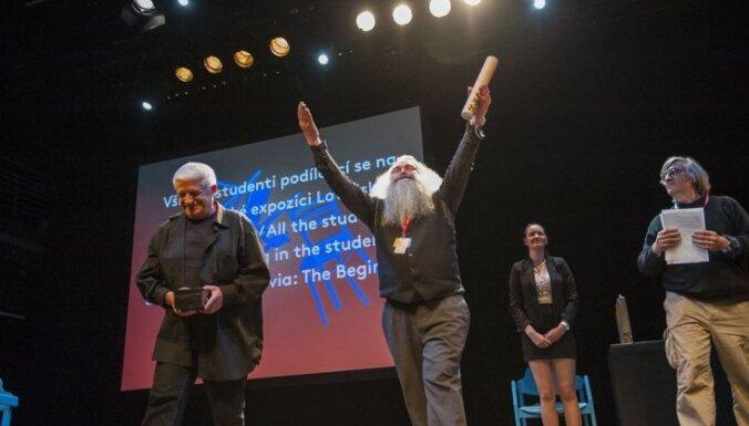 Latvija atgriežas no Prāgas Scenogrāfijas kvadriennāles ar divām zelta medaļām