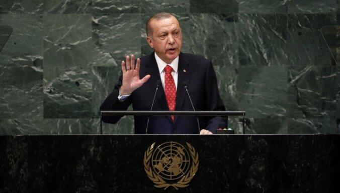Erdogans noraida sarunas ar Sīrijas kurdiem