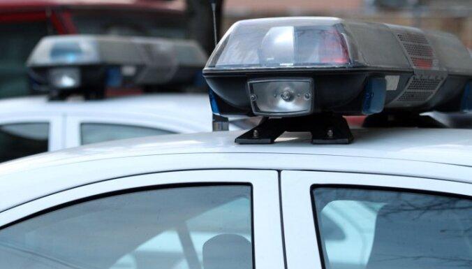 Divu auto sadursmē Jelgavā cieš divi cilvēki