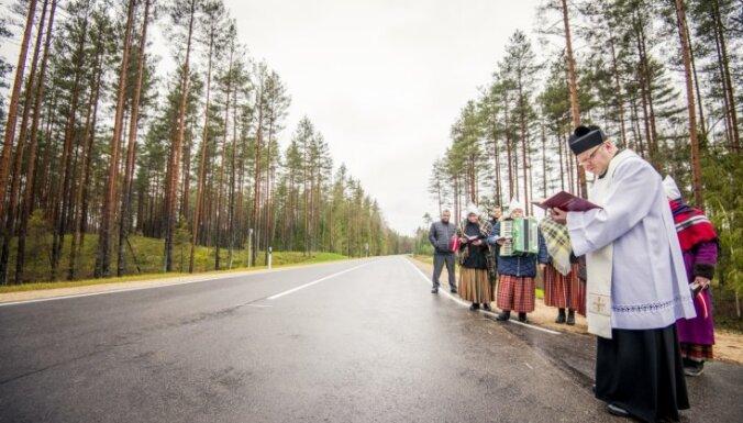 Foto: Atklāti autoceļa Krāslava–Preiļi–Madona atjaunotie posmi