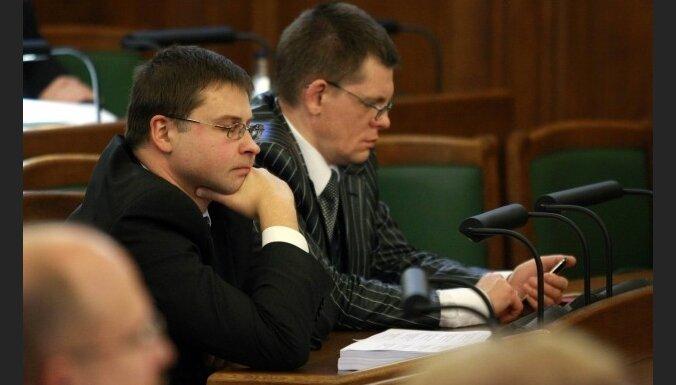 Домбровскис: у кредиторов нет особых замечаний