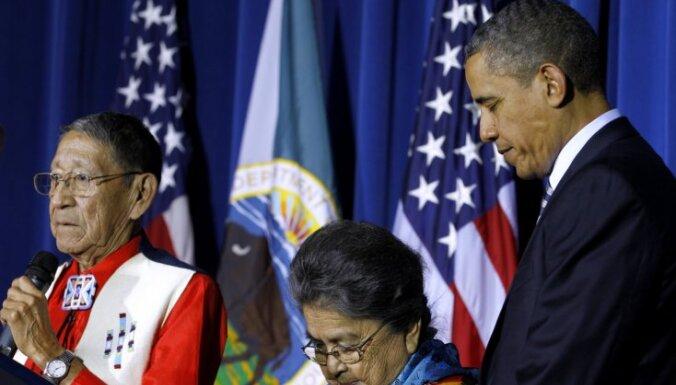 """Умер индейский вождь — """"приемный отец"""" Барака Обамы"""