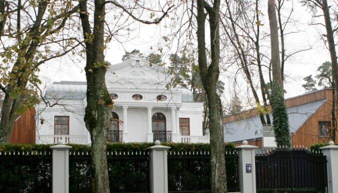 'Baltic Sotheby's' noliedz Krasovicku īpašuma 'Villa Marta' pārdošanu