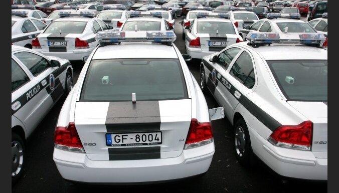 Mūrniece: policija nākamgad atteiksies no līzinga auto