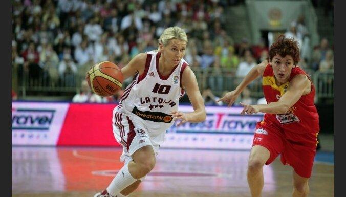 Jēkabsone-Žogota: nevis nespēlēšu izlasē, bet došu priekšroku WNBA