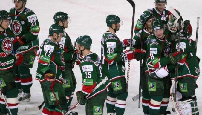 Dārziņa pārstāvētā 'Ak Bars' komanda neplāno slēgt līgumus ar NHL spēlētājiem