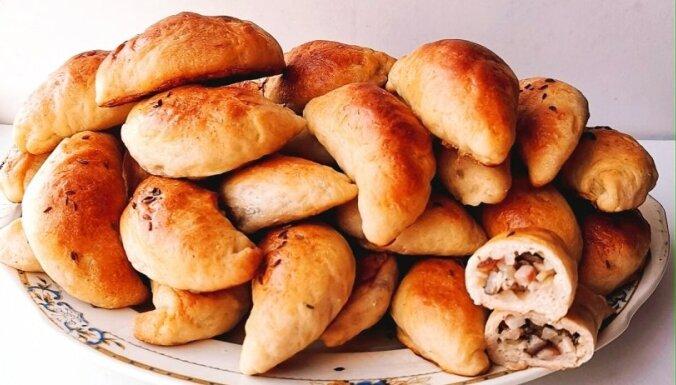 Soli pa solim: īsteni latviskie speķa pīrādziņi svētkiem