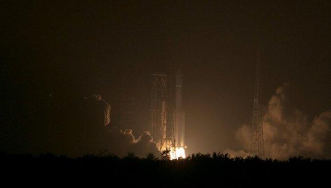 Ķīna nosūta kosmosā savu pirmo kravas kuģi
