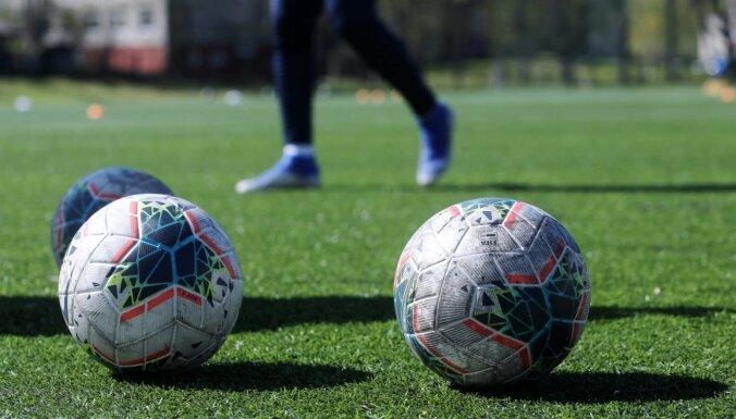 Par spēļu rezultātu sarunāšanu aizturēti divi Latvijas līgu futbolisti