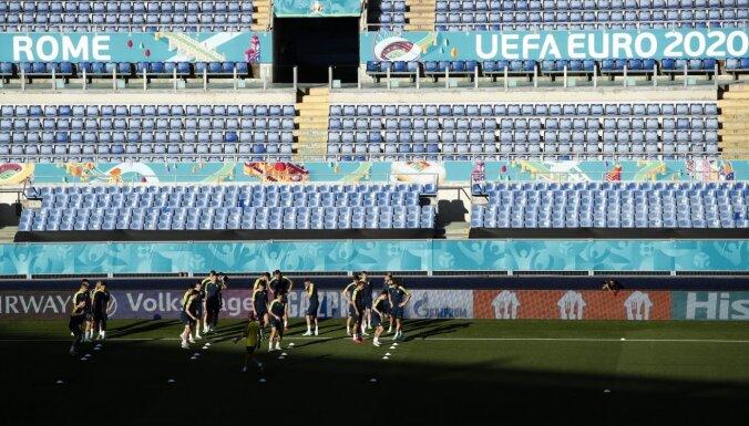 'Euro 2020' noskaidrojas atlikušās divas pusfināla dalībnieces