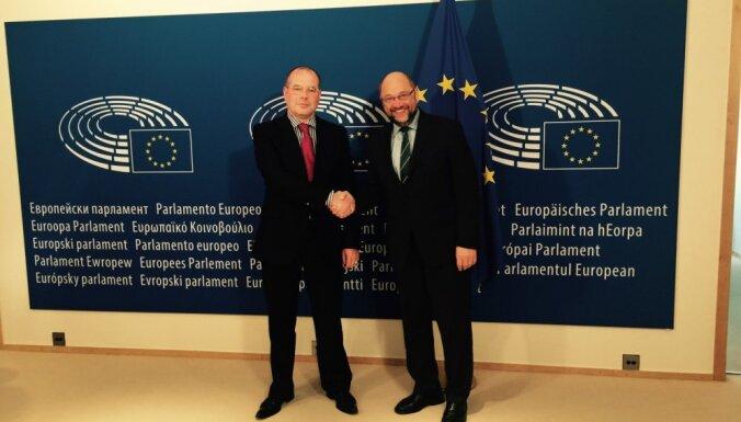 Мамыкин рассказал главе Европарламента Шульцу про беженцев