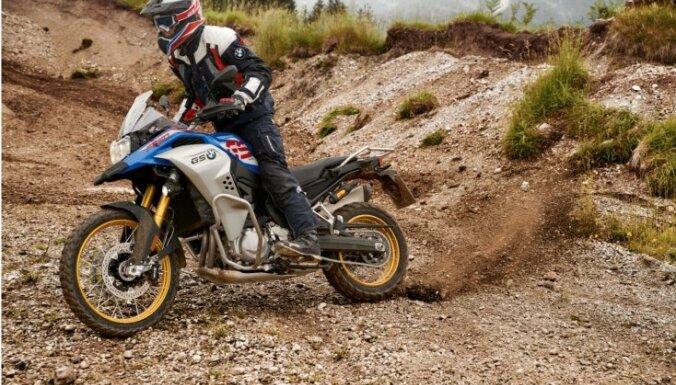 Latvieši ar motocikliem dosies ekspedīcijā uz Dienvidāfriku