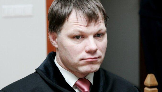 Ilsterim trūkst skaidrojuma Kalnmeiera kandidatūras izvirzīšanai ģenerālprokurora amatam