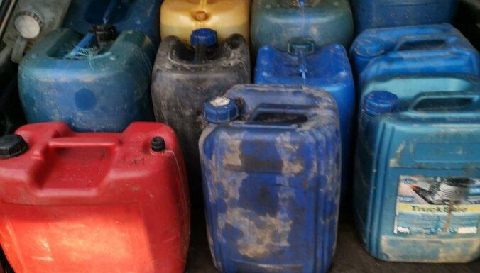 Полиция изъяла 300 литров нелегального дизельного топлива