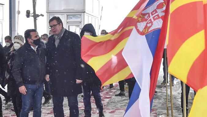 Serbija ziedo tūkstošiem Covid-19 vakcīnu Ziemeļmaķedonijai