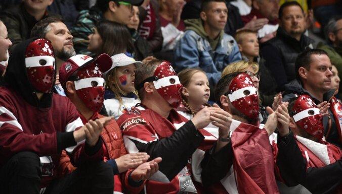 IZM ierosina vakcinētajiem cilvēkiem atļaut apmeklēt PČ hokejā Rīgā