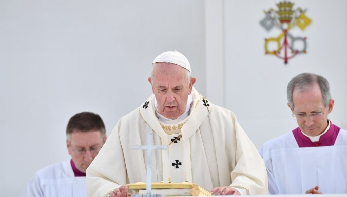 Папа Франциск осудил ядерное вооружение во всем мире