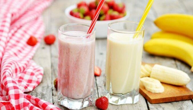Saldējuma kokteilis norasojušā glāzē: 9 receptes tveices nogurdinātajiem