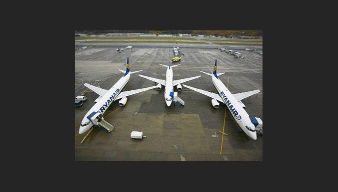 BBC: 'Ryanair' lidojums uz ASV varētu maksāt astoņas mārciņas