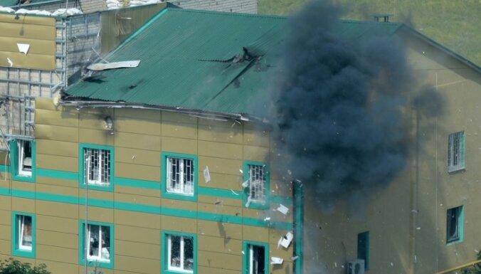 Zaudēti sakari ar Luhanskas robežsargiem; separātisti atsāk uzbrukumu
