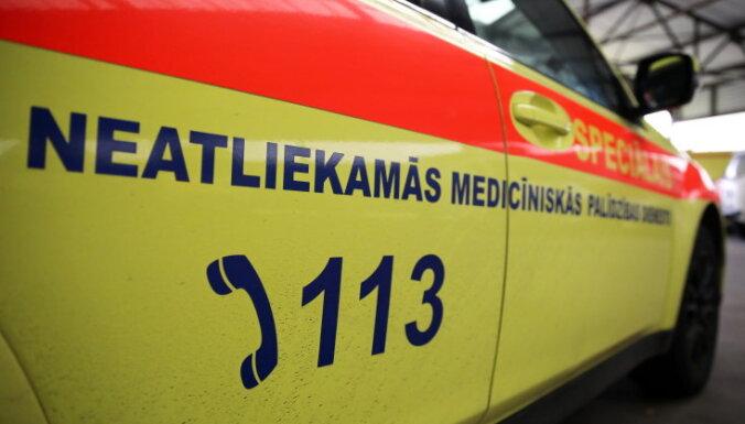 Возле станции техосмотра CSDD в Риге машина насмерть сбила ребенка