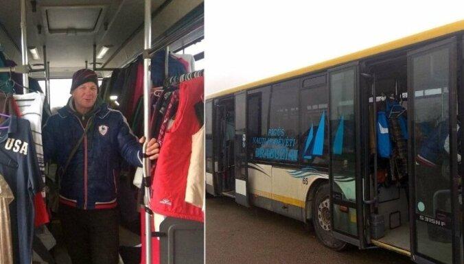 Предприимчивый фермер открыл магазин в пассажирском автобусе