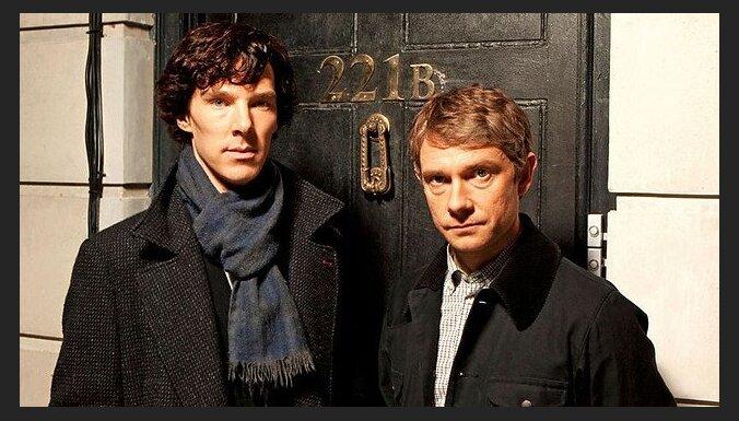 """""""Шерлока"""" будут снимать, пока Камбербэтч не станет """"слишком знаменитым"""""""