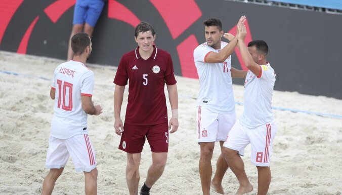 Pludmales futbola izlase cietusi sakāvi pret Spāniju