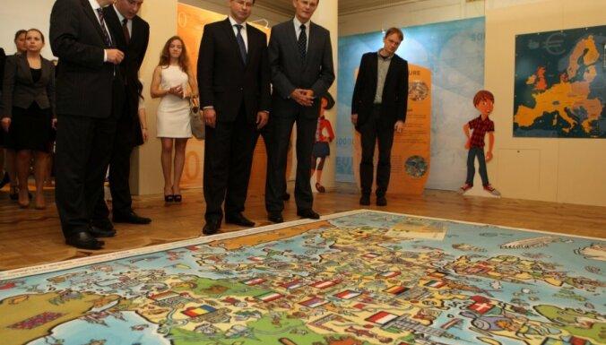 Eurobarometer: латвийцы уже поддерживают евро