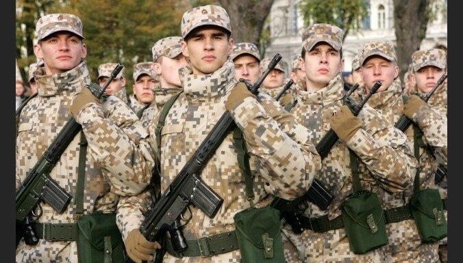 Численность латвийской армии может вырасти на тысячу человек