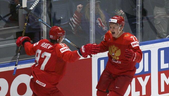 Сборная России победила американцев и вышла в полуфинал чемпионата мира