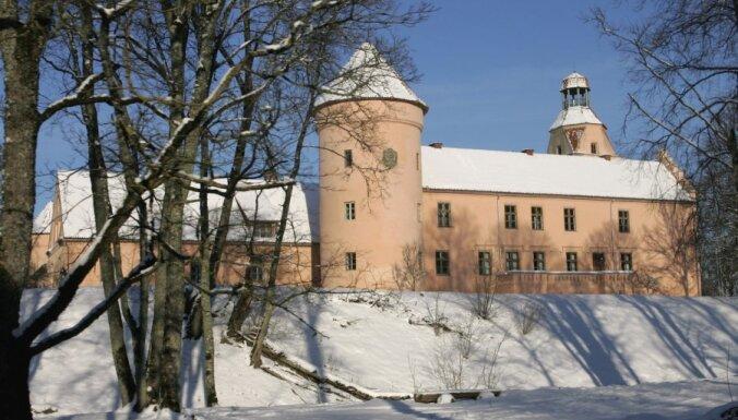 'Sotheby's' izsoles dalībniekiem piedāvās Latvijas īpašumus, arī Ēdoles pili