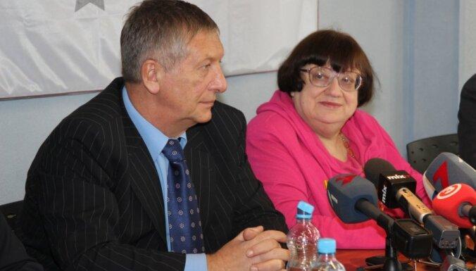 Новодворская и Боровой: мы приехали спасать Латвию