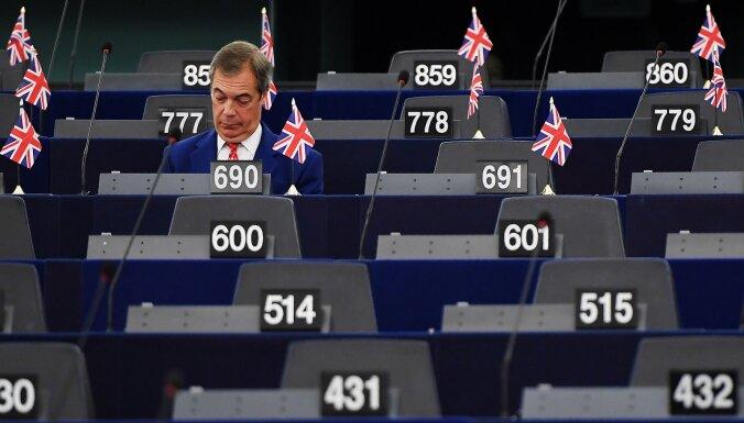 Farāža 'Brexit' partijas deputāti ir bagātākie eiroparlamentārieši