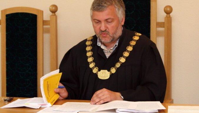 Tieslietu padome nelūgs Saeimu lemt par tiesneša Strazda atbrīvošanu no amata