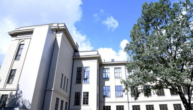 В сентябре в восьми рижских школах продолжат ремонт