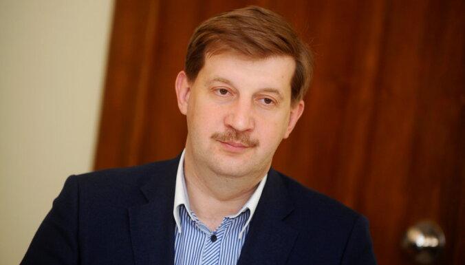Клементьев допускает референдум об обучении в школе с шести лет
