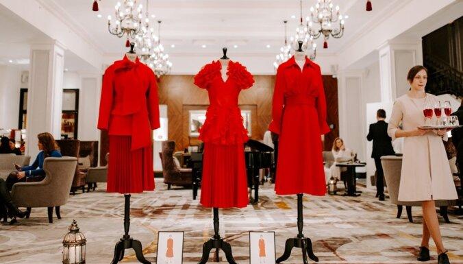 'Grand Hotel Kempinski Riga' svin zīmola vēstneses 'Lady in Red' 10 gadu jubileju