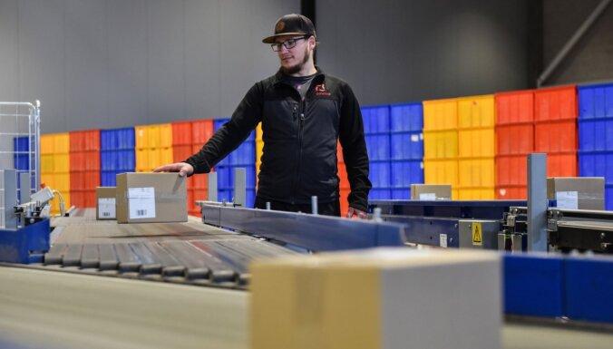 ФОТО: Omniva открывает новый офисный и сортировочный центр