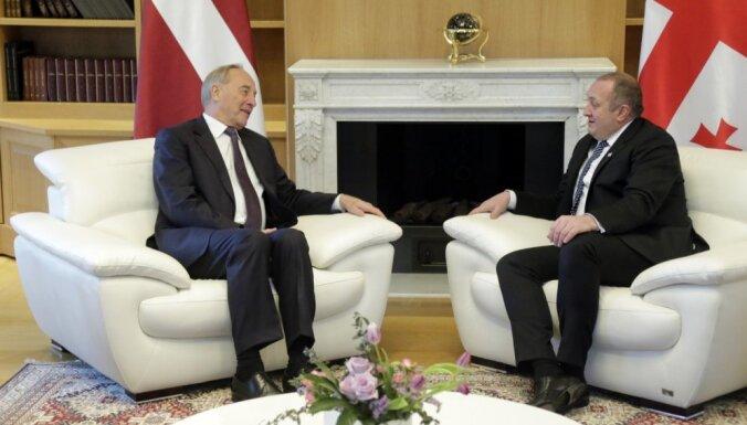 Foto: Prezidents sāk vizīti Gruzijā