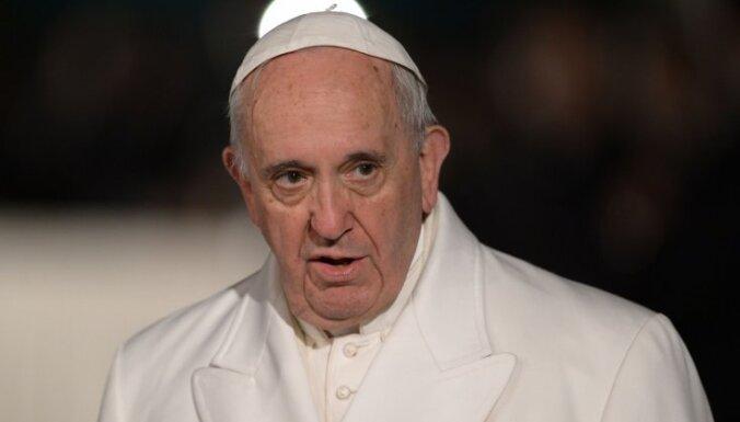 Папа римский на Пасху призвал мир сплотиться на фоне пандемии