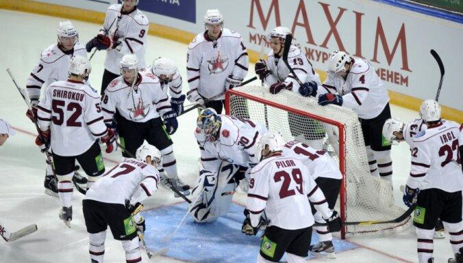 KHL vadība no Zvaigžņu spēles sastāviem izņēmusi NHL spēlētājus