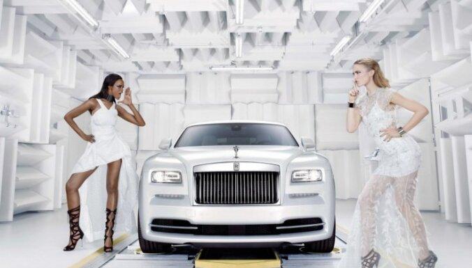 Speciāls 'Rolls-Royce' par godu augstākajai modei