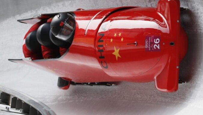 Ķīnas bobsleja izlasi trenēs olimpiskie čempioni Lidērs un Lange