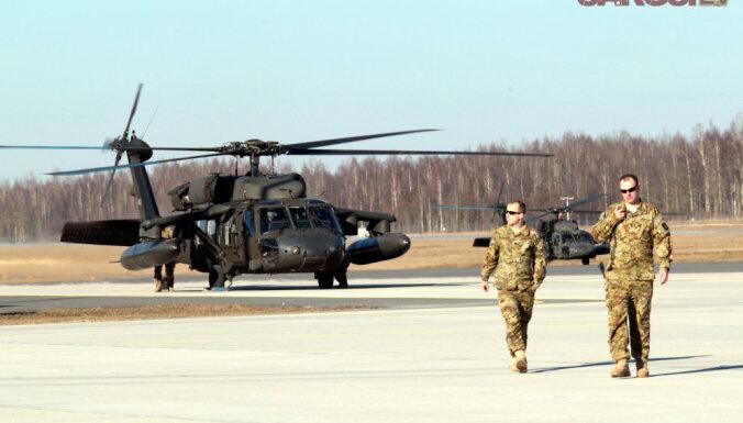 В Латвию прибыли знаменитые боевые вертолеты Black Hawk