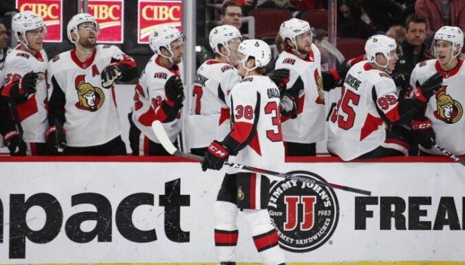 Balcers gūst vārtus otrajā NHL mačā pēc kārtas