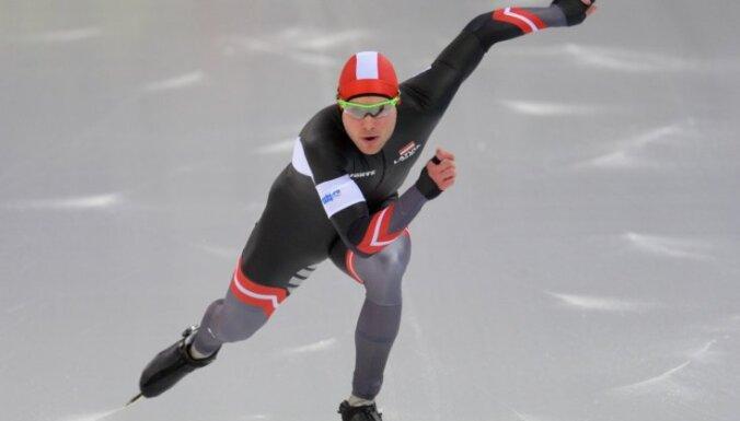 Вторая попытка Силова, надежды на братьев и начало хоккея