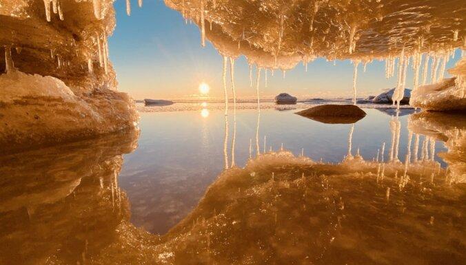 Потрясающие ФОТО. Игра льда и солнца в Саулкрасты